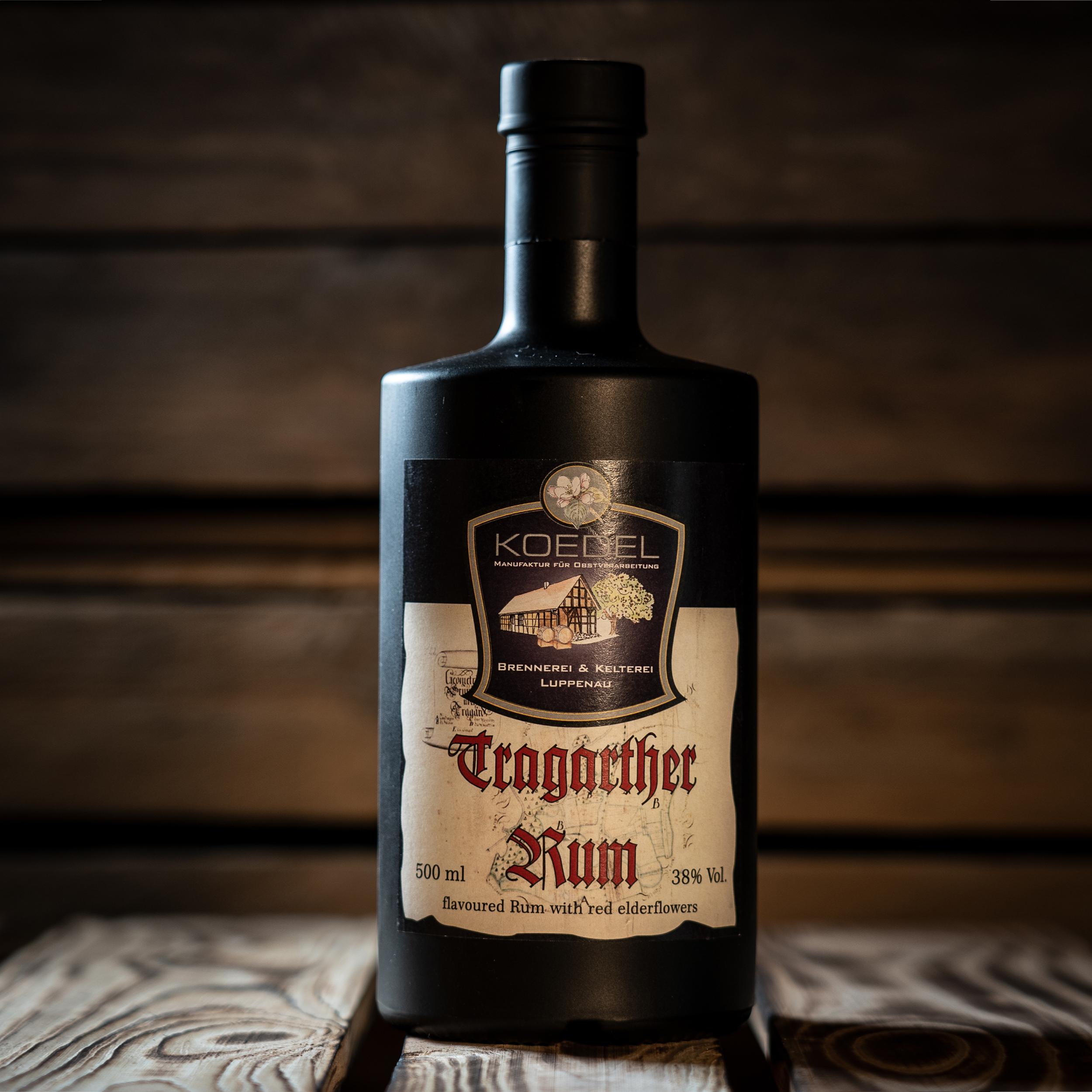 Tragarther Rum, flavoured with red elderflower 500ml